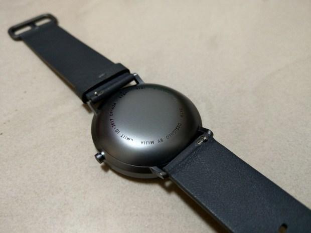 米家石英錶開箱評測,簡約典雅、運動計步、生活防水,續航力可達 6 個月以上 IMAG0796