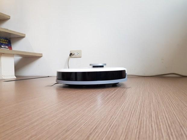 [評測]家中地板不必再煩惱,就交給 ECOVACS DEEBOT OZMO 900 掃、吸、拖一次完成 20181108_135226
