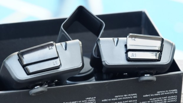ROG Phone 周邊:GameVice 遊戲控制器+WiGig 無線投影基座,實現你在大螢幕打電動的夢想! 9305399