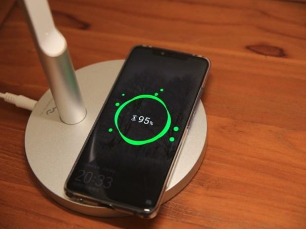 小L 2代無線充電護眼燈開箱,零藍光不傷眼,亮度色溫都可自由調整 image019