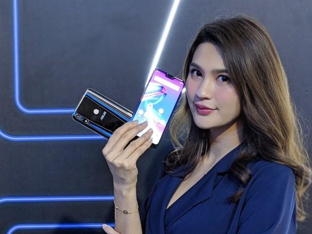 抓寶阿伯也愛用,超大電池、大螢幕手機 ZenFone Max Pro (M2) 來了! asus-zenfone-max-m2-6