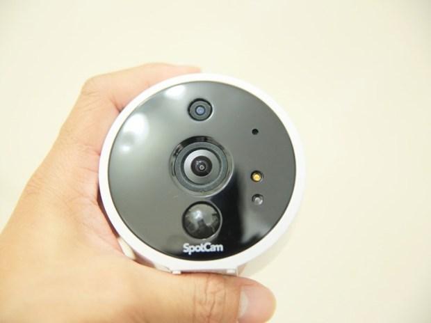 SpotCam Solo 全無線雲端HD攝影機,IP65 防水防塵室內外都能輕鬆安裝 image007
