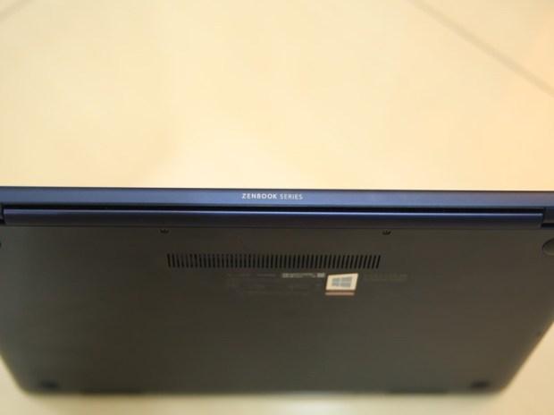 美‧力無邊ASUS ZenBook 15 UX533FD 開箱,全球最小15.6 吋筆電,電池續航力長達 16 小時! IMG_9250
