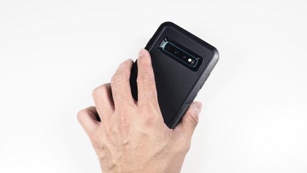 手機防護就找 OtterBox、LifeProof!專為 Galaxy S10+ 開發的手機保護殼來囉! 4160028