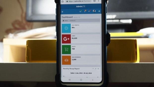 手機防護就找 OtterBox、LifeProof!專為 Galaxy S10+ 開發的手機保護殼來囉! 4160133