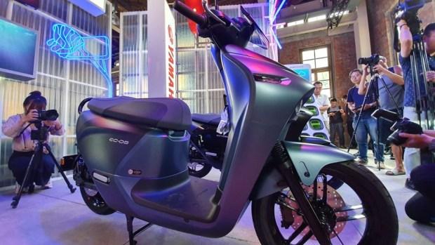 YAMAHA、Gogoro 合作首款電動機車 EC-05 亮相!售價 99,800 元可領補助 20190627_153723