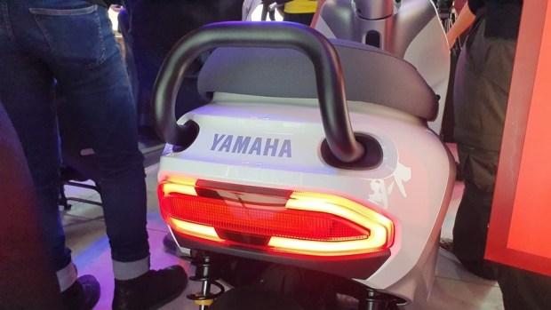 YAMAHA、Gogoro 合作首款電動機車 EC-05 亮相!售價 99,800 元可領補助 20190627_153842