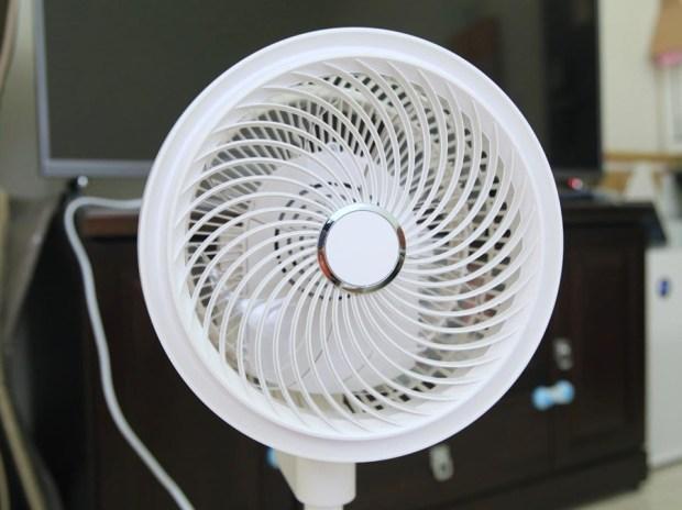 《中保無限+》空氣循環扇開箱!體積輕巧、風量強勁,室內循環超厲害! image003