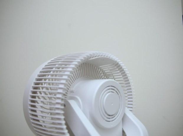 《中保無限+》空氣循環扇開箱!體積輕巧、風量強勁,室內循環超厲害! image011