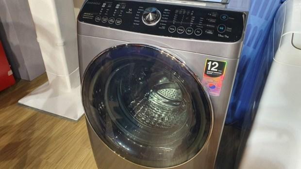 韓流來襲,DAEWOO 煒伲雅大宇在台推出世界首創「壁掛式洗衣機」,體積超迷你隨處好安裝 20190723_144538