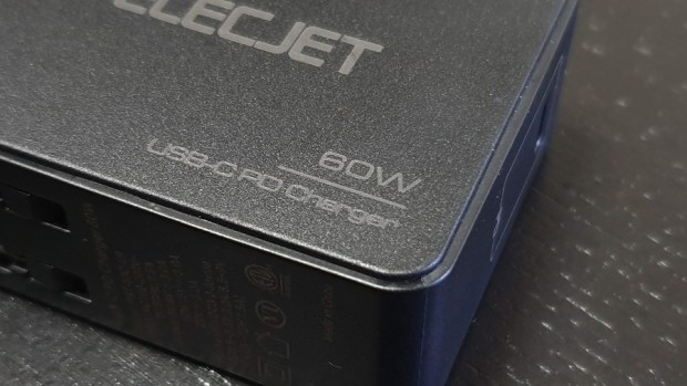 [好物團購] 史上最狂最優惠!ELECJET 超快充行動電源,充電只要18分鐘 20190802_163830