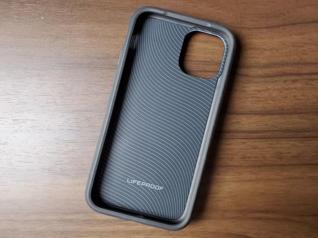 iPhone 11 Pro 手機防護專家:LifeProof/OtterBox 手機保護殼/螢幕保護貼 20191102_162940
