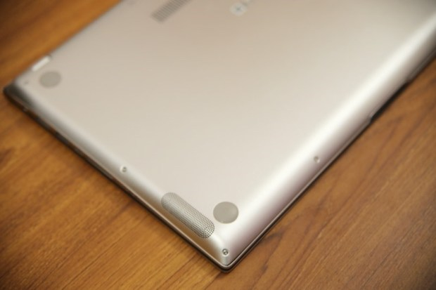 ASUS ZenBook 15(UX534)開箱評測,智慧觸控板真的太好用啦!美.力 無界 image012