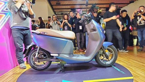 宏佳騰推出 Ai-1 Comfort 系列電動車,動力性能不減,騎乘更舒適,價格更親民! 20200117_145452
