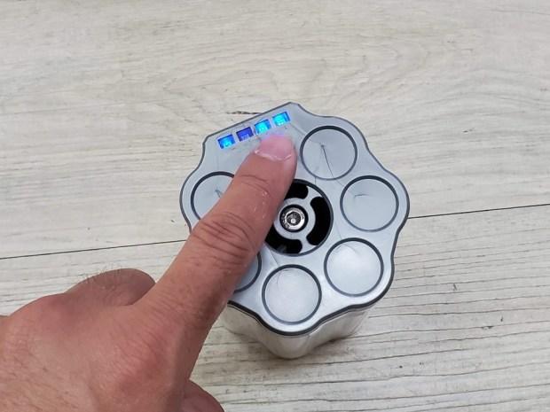 [開箱] 向拖地說掰掰!Hippolo 無線洗地機幫你輕鬆搞定地板清潔,還能消毒殺菌 20200329_145803