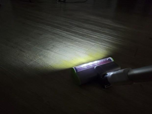 [開箱] 向拖地說掰掰!Hippolo 無線洗地機幫你輕鬆搞定地板清潔,還能消毒殺菌 20200330_212457