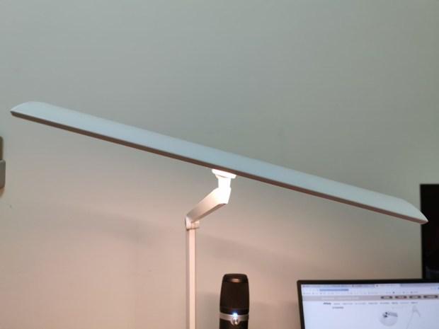 「Artso 亞梭傢俬LED雙臂優閱燈」好開箱,不佔空間、大範圍照射、可調色溫、桌面百搭設計! 94252871_596750887855662_2616407206714671104_n