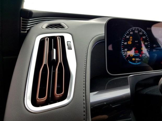 [試駕] 讓人合不攏嘴的賓士首款電動車 Mercedes-Benz EQC 400 4MATIC 運動版 20200502_141439