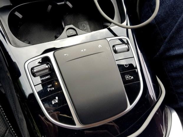 [試駕] 讓人合不攏嘴的賓士首款電動車 Mercedes-Benz EQC 400 4MATIC 運動版 20200502_143321