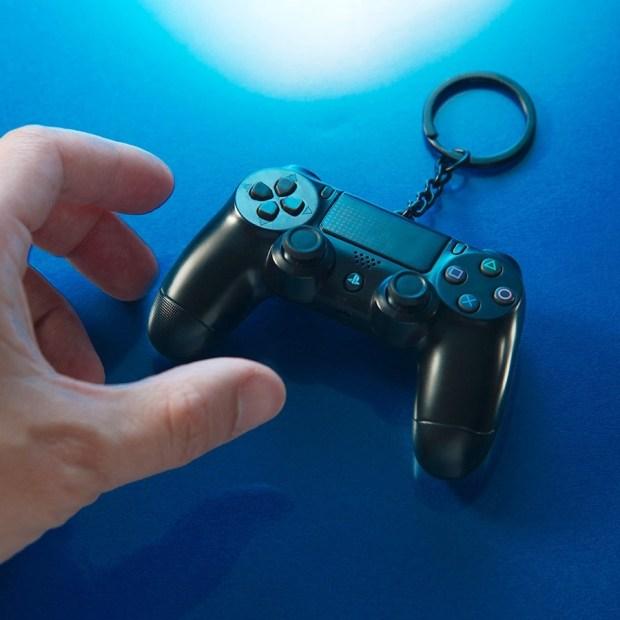 不用搶了!PS4 手把悠遊卡開放限時「無限量預購」 ps4%E6%82%A0%E9%81%8A%E5%8D%A1