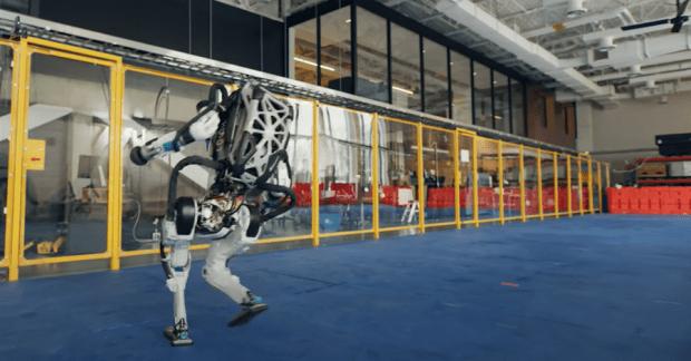 機器人跳舞比人厲害,波士頓動力新影片機器人複雜動作超吸睛 image-1