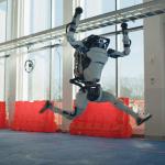 機器人跳舞比人厲害,波士頓動力新影片機器人複雜動作超吸睛