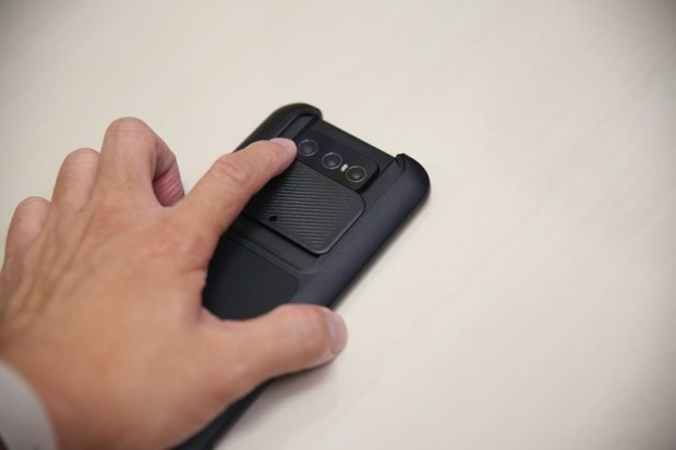 華碩 Zenfone 8/Zenfone 8 Flip開箱實測,效能功能面面俱到,最後有購機專屬優惠喔! IMG_9684