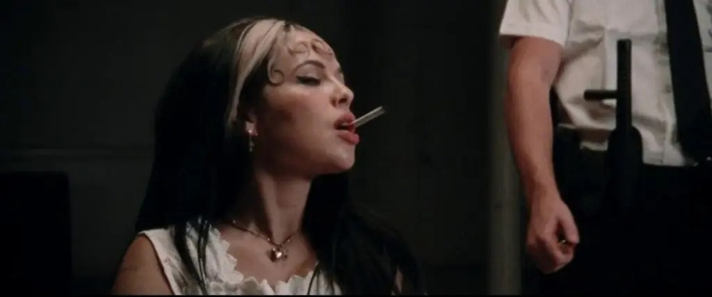 Kelsy Karter music video still