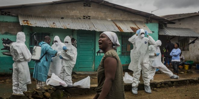 In Liberia, Home Deaths Spread Circle of Ebola Contagion