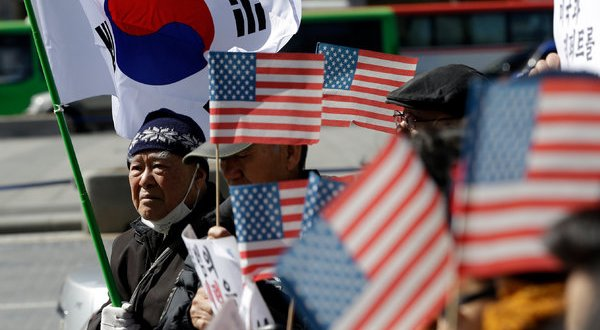 South Koreans Divided on Reactions to Knife Attack on U.S. Ambassador Mark Lippert