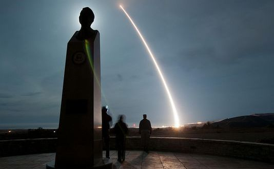 Air Force test-launches Minuteman missile from Vandenberg