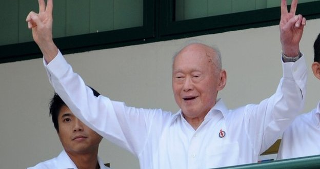 Singapore's founding father Lee Kuan Yew dies at 91