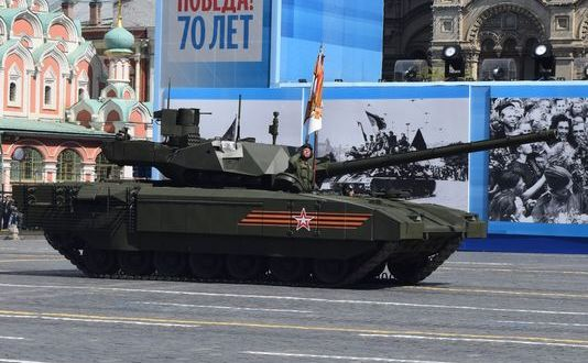 Putin Uses Parade to Unveil Hardware