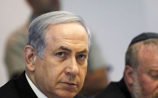 Pressure Builds on Netanyahu To End Battle with Obama