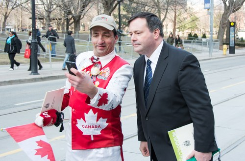 Re-elected Conservatives would expand Canada's special forces, says Kenney | Globalnews.ca