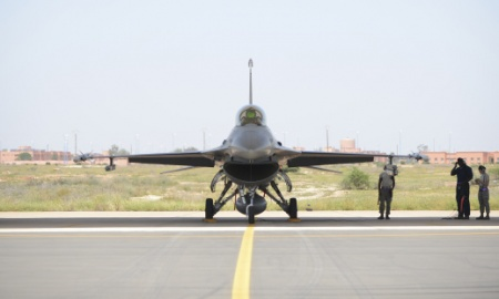 F-16 forced to jettison two 370-gallon fuel tanks over North | The State