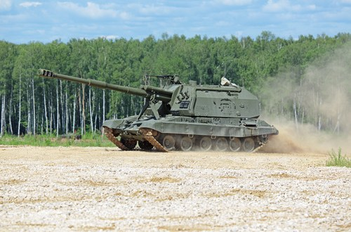 PzH 2000 Armored Howitzers For Iron Wolves | Aviation Week