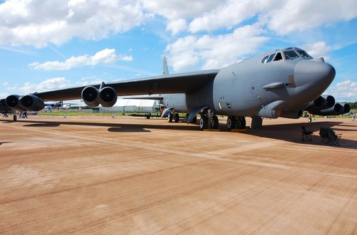 After 60 Years, B-52s Still Dominate U.S. Fleet – The New York Times