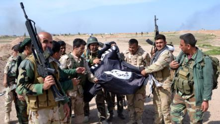 U.S. Backed Forces Try to Stop ISIS's Access to Turkish Border