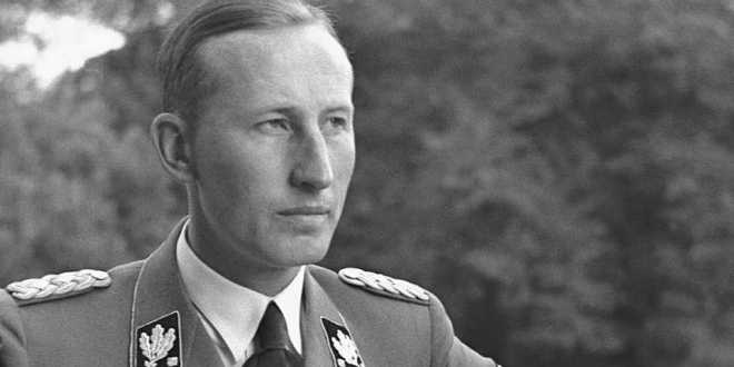 Czechs search for dead 'heroes' who killed SS chief Heydrich | BBC News