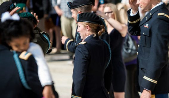 10 Women Graduate From Fort Benning's Infantry Officer Training | Scout