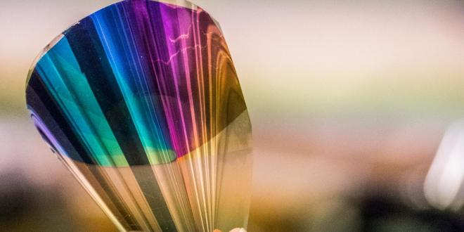 Bendable electronic color 'paper' invented | KurzweilAI