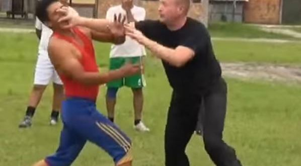 US Spec Ops vet knocks out Peruvian Special Forces soldier with one finger | Popular Military