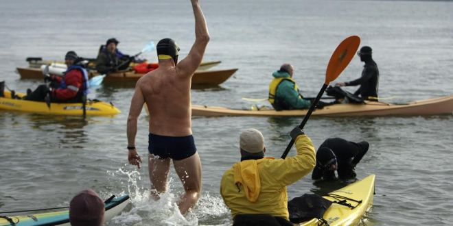 SEALs casualties honored with chilly Golden Gate swim | SFGate