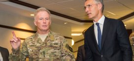 Secretary General meets US commanders for talks on NATO's role in fighting terrorism | NATO