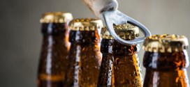 Consuming more than five drinks a week could shorten your life | Science Daily