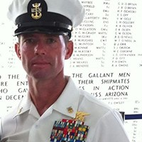 Student Veteran Reflects on Experience as a Navy SEAL   The Tennessee