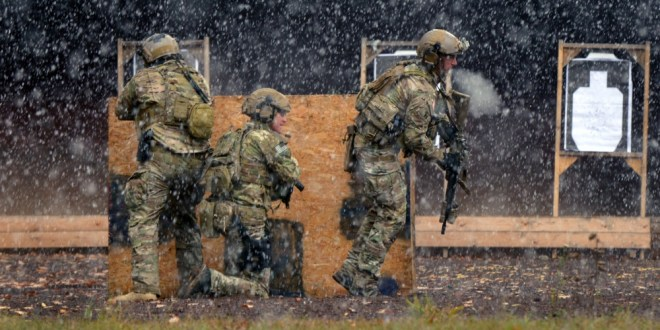 TRAINING AND SELECTIONWhy is U.S. Army Special Forces training so much longer than SEAL training? | Special Ops