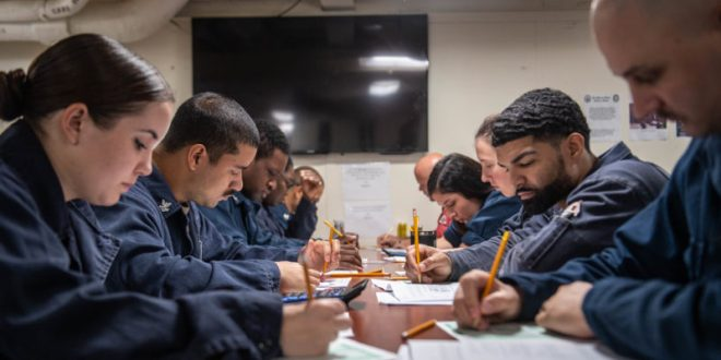 Navy Creates 5 New Innovation Hubs to Help Sailors and Marines Solve Problems| Military.com