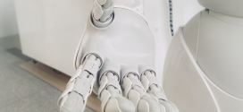 A smart artificial hand for amputees merges user and robotic control | Science Daily